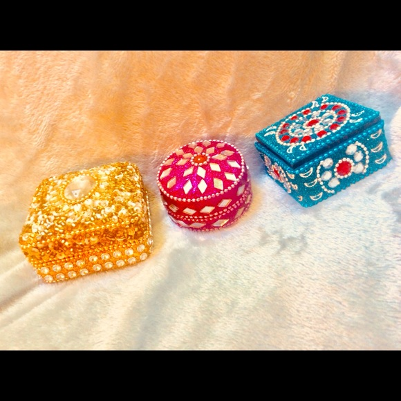 Lot 3 trinket boxes jeweled metallic mirrored bead